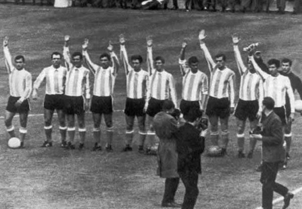 b05f3d53b2 Argentina superó la fase de clasificación para la copa a disputarse en  tierra de los inventores del fútbol con extrema facilidad luego de obtener  3 triunfos ...