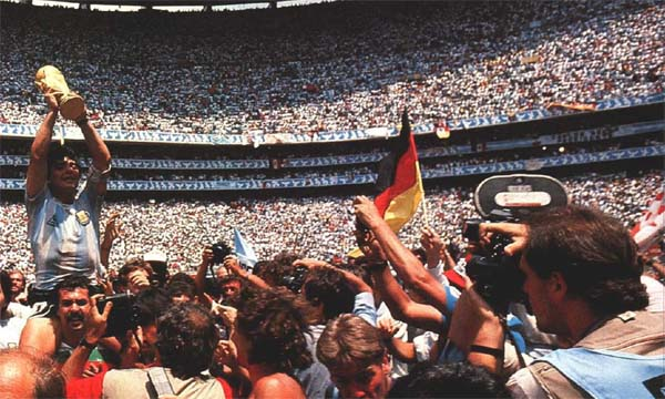1986-1-maradocopa
