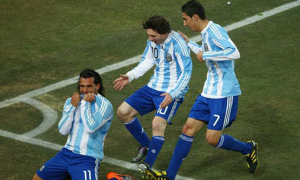 Carlos-Tevez-Argentina-v--006