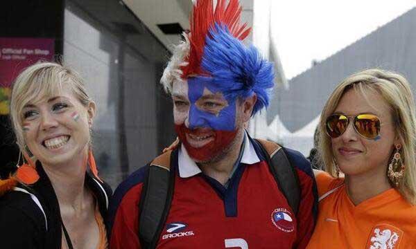 dos-holandesas-vs-1-chileno