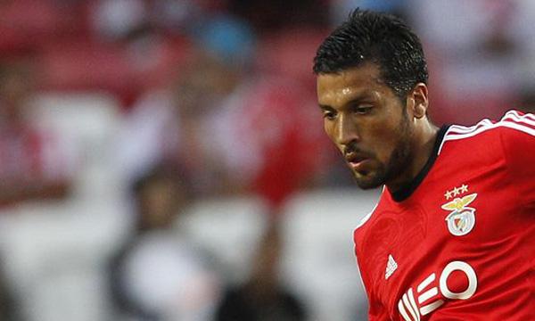 FUTEBOL - Garay jogador do Benfica