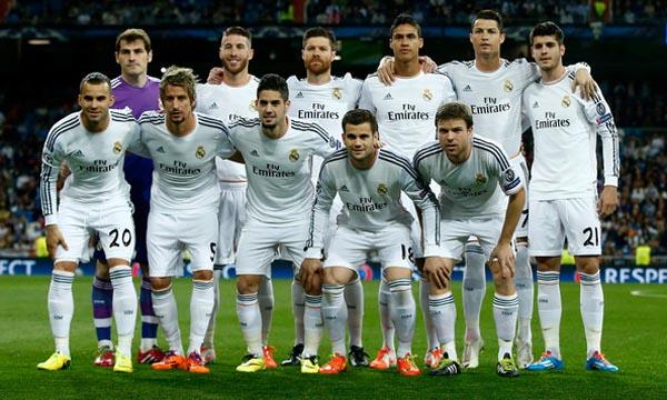 Real+Madrid+CF+v+FC+Schalke+04+NsgqFC2LSD7l